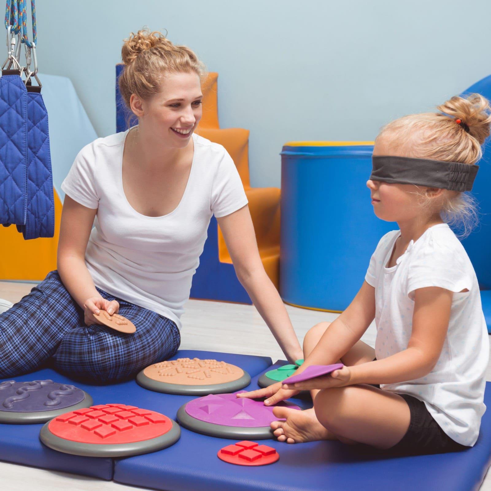 Занятия с детским нейропсихологом